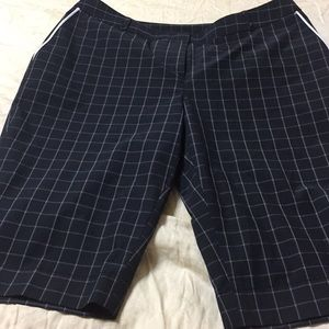 Annika Shorts - Annika woman's sz 4 golf shorts nwot